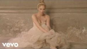 Video: Shakira - Empire